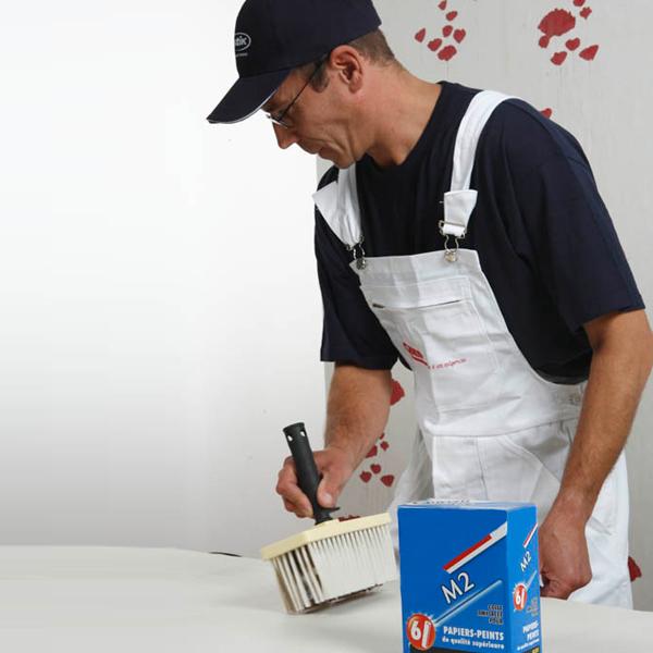 Poser du papier peint : les étapes de pose